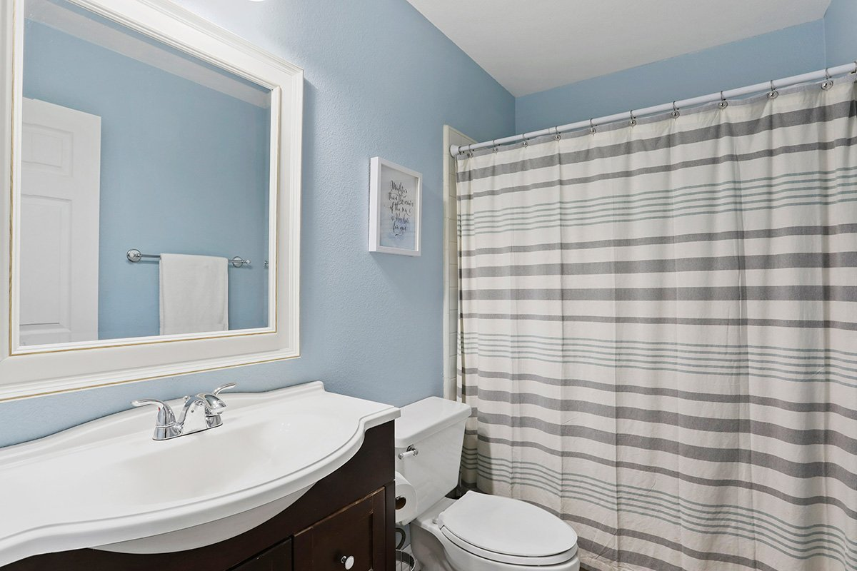 37039 Velutina Way Palmdale CA - Bathroom 1