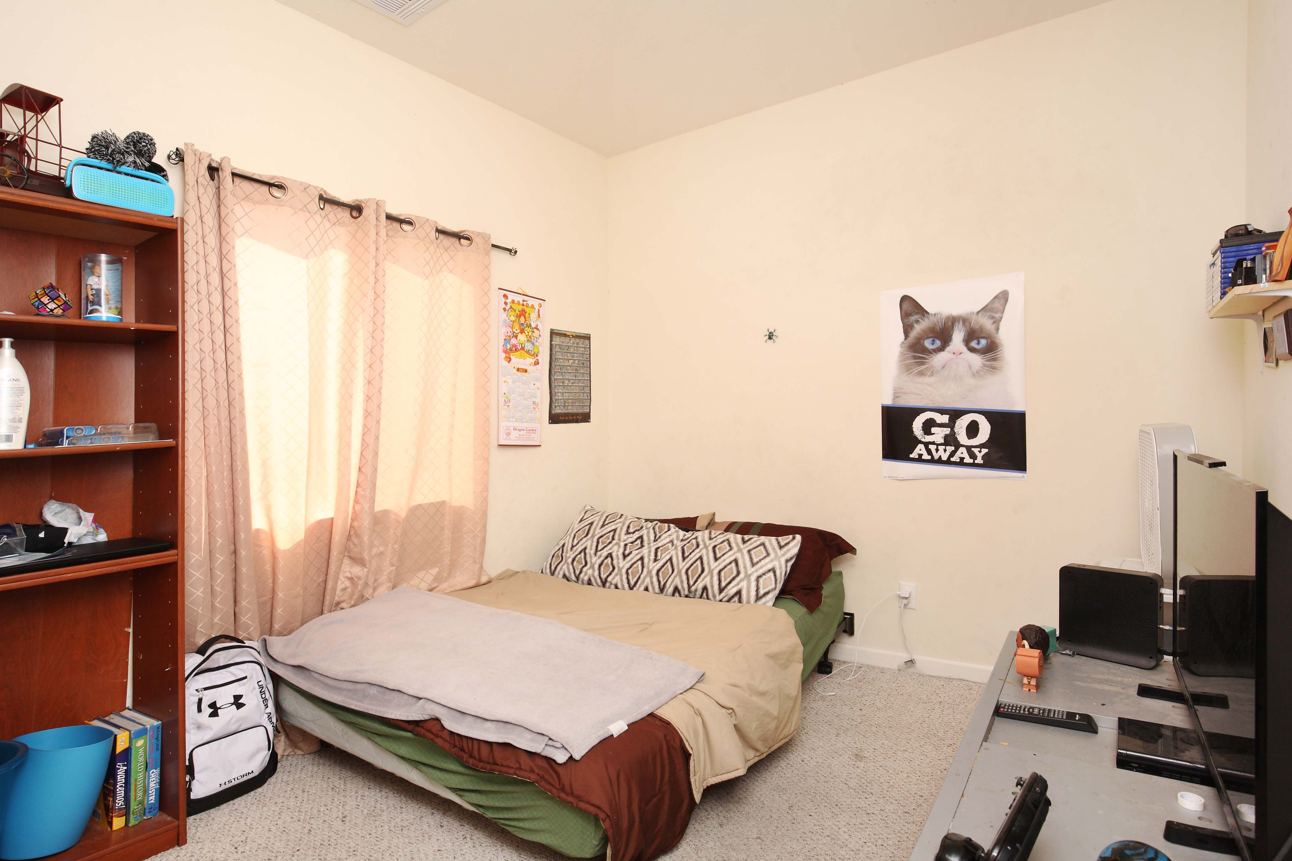 1323 West Avenue I Room 3