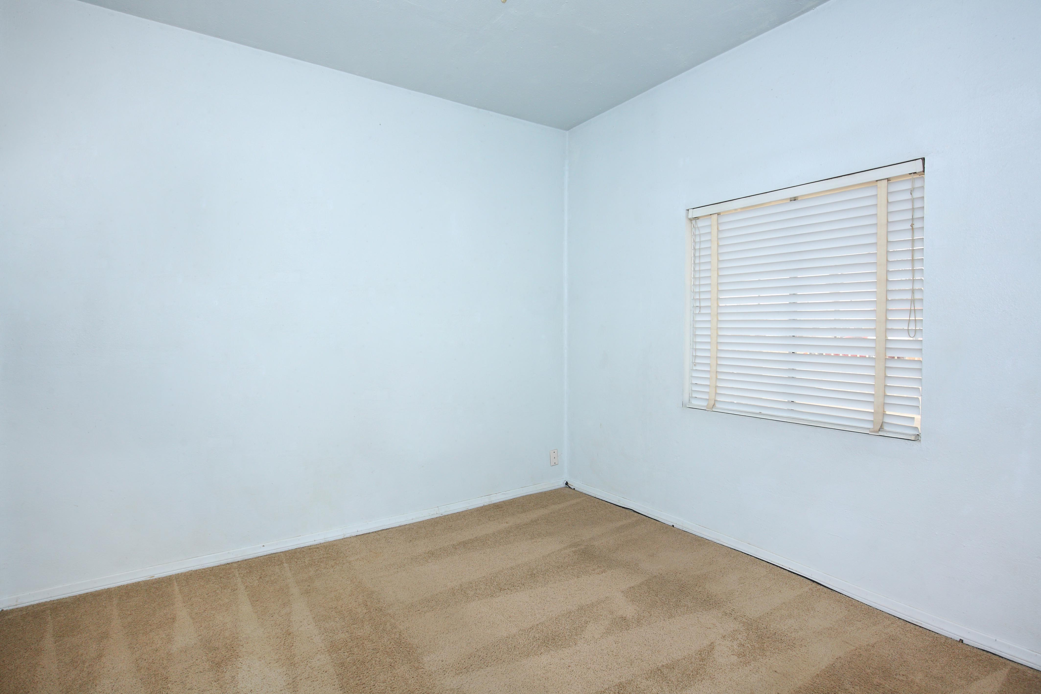 15936 L Street Mojave California Bedroom 1
