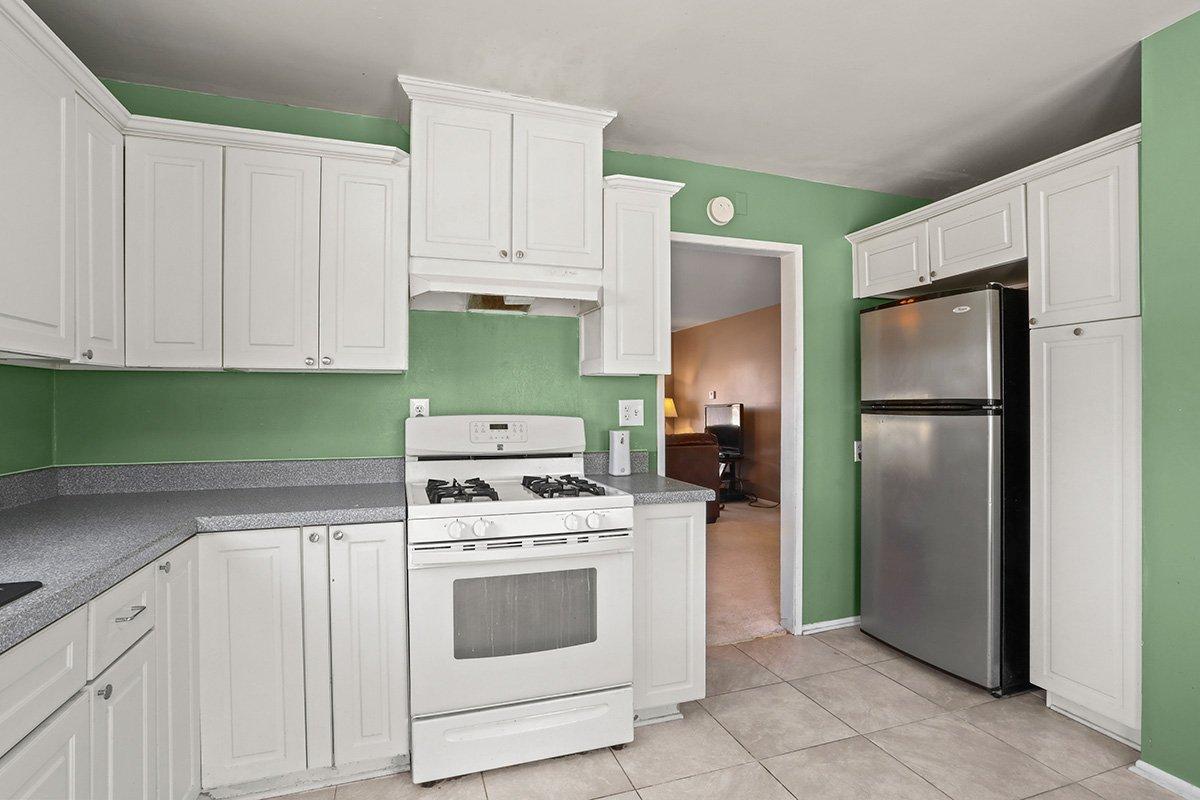 44115 Elm Avenue Lancaster CA 93534 Kitchen facing refridgerator