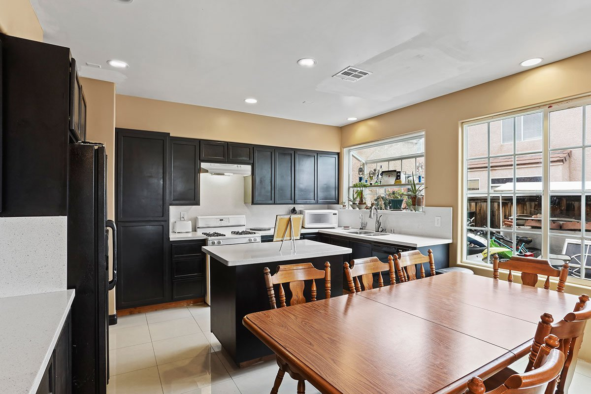 real estate for sale in west palmdale kitchen and breakfast bar