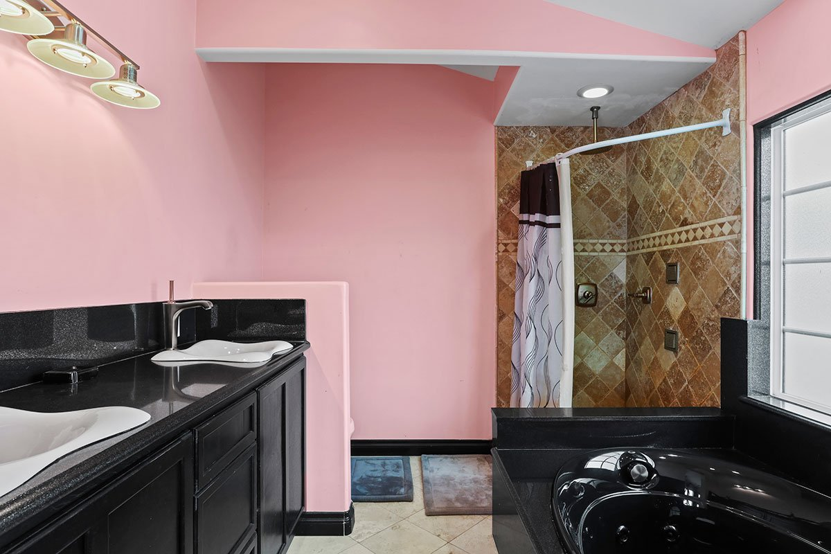 real estate for sale in west palmdale master bathroom