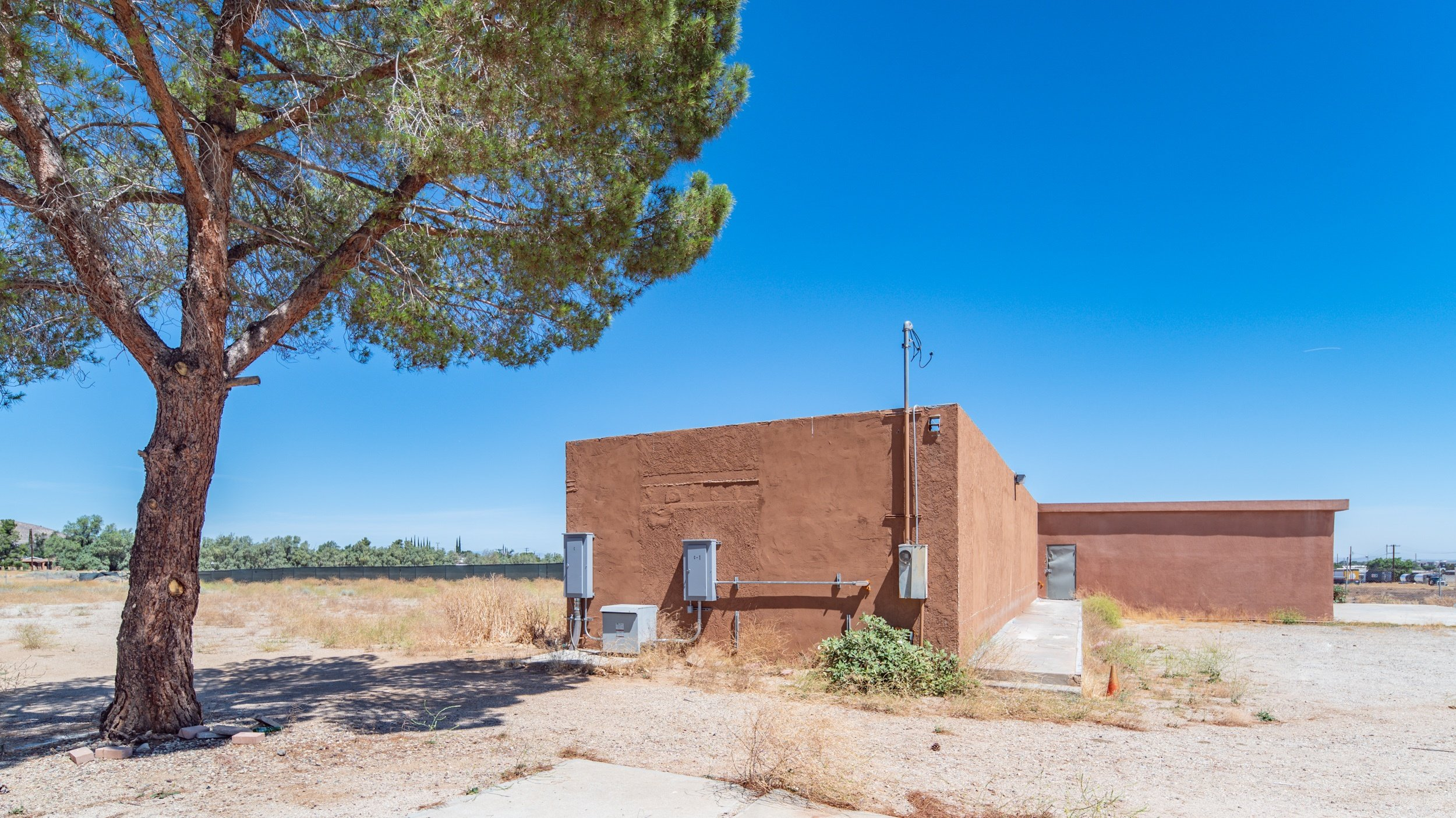 Palmdale Industrial Real Estate Building Four Side