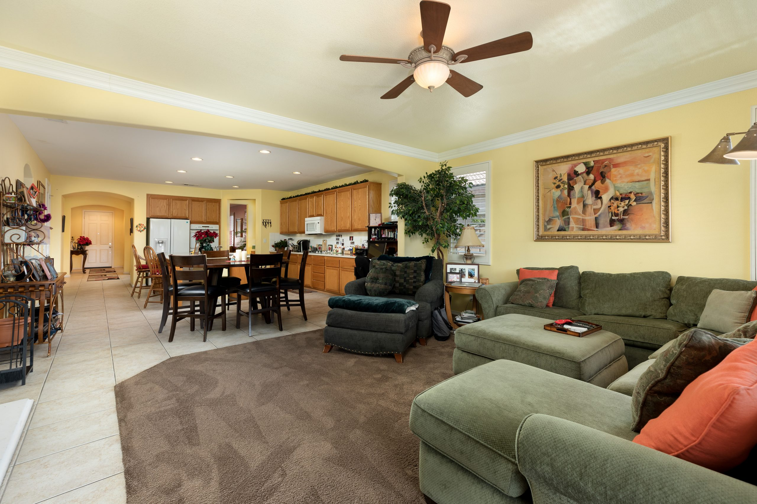 3364 Tournament Drive Palmdale CA 93551 Family Room and Kitchen