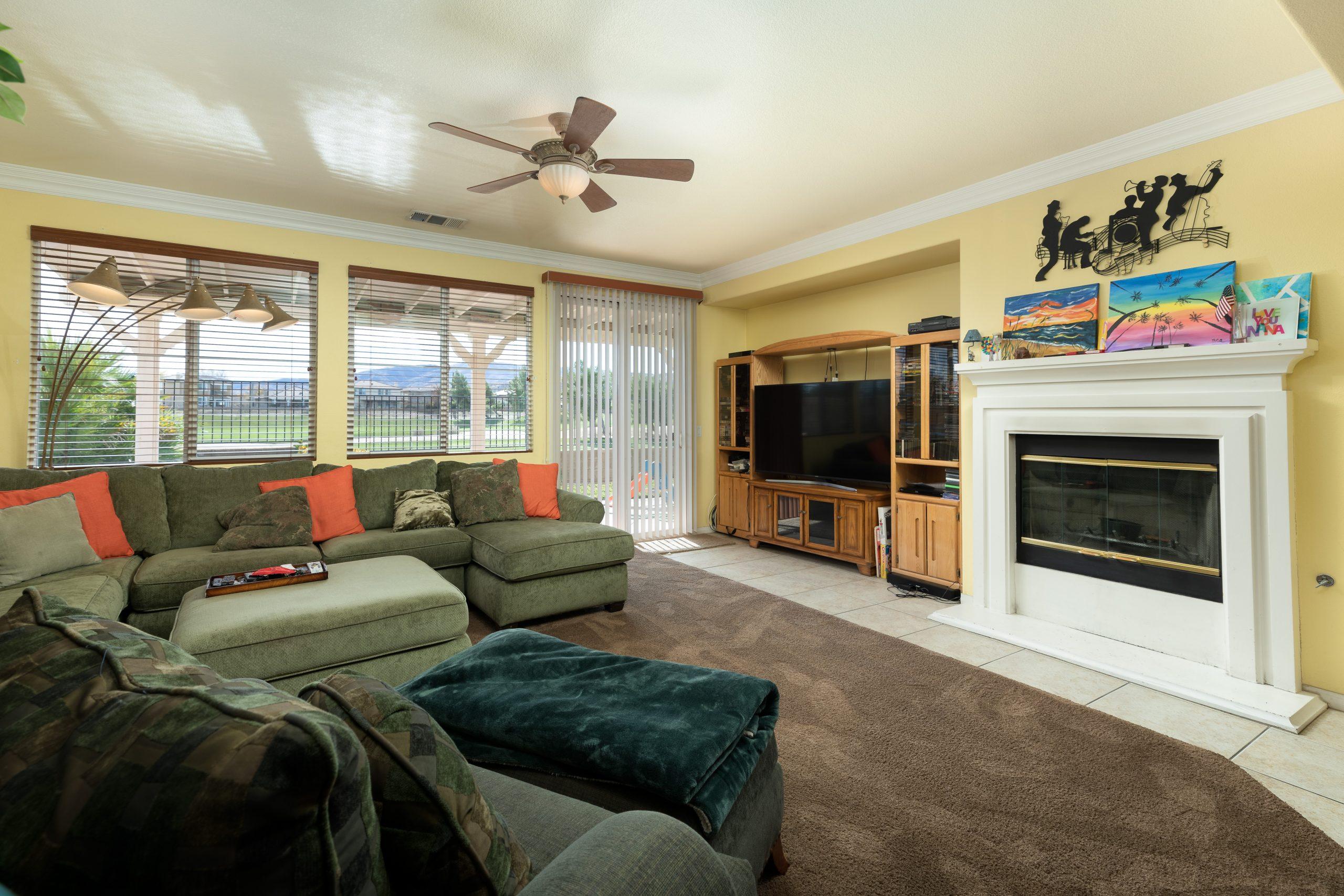 3364 Tournament Drive Palmdale CA 93551 Fireplace