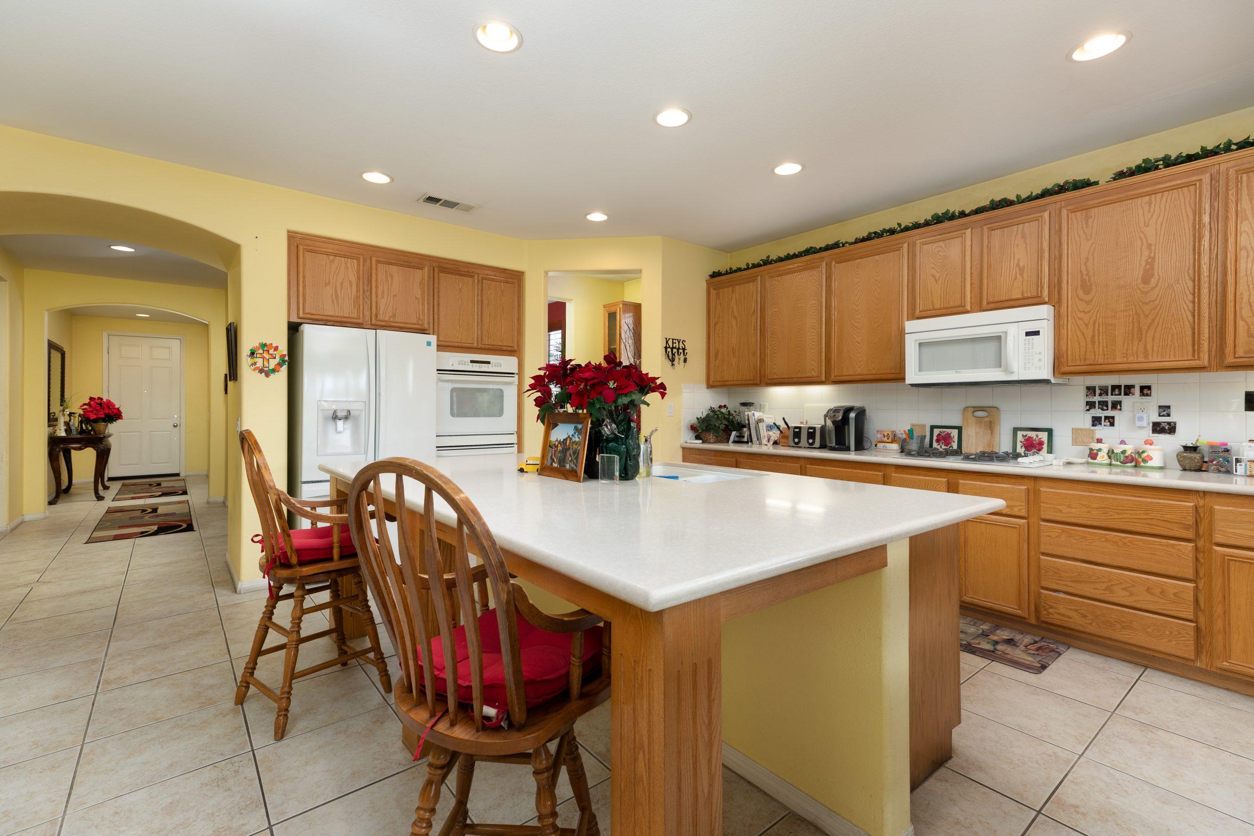 3364 Tournament Drive Palmdale CA 93551 Kitchen