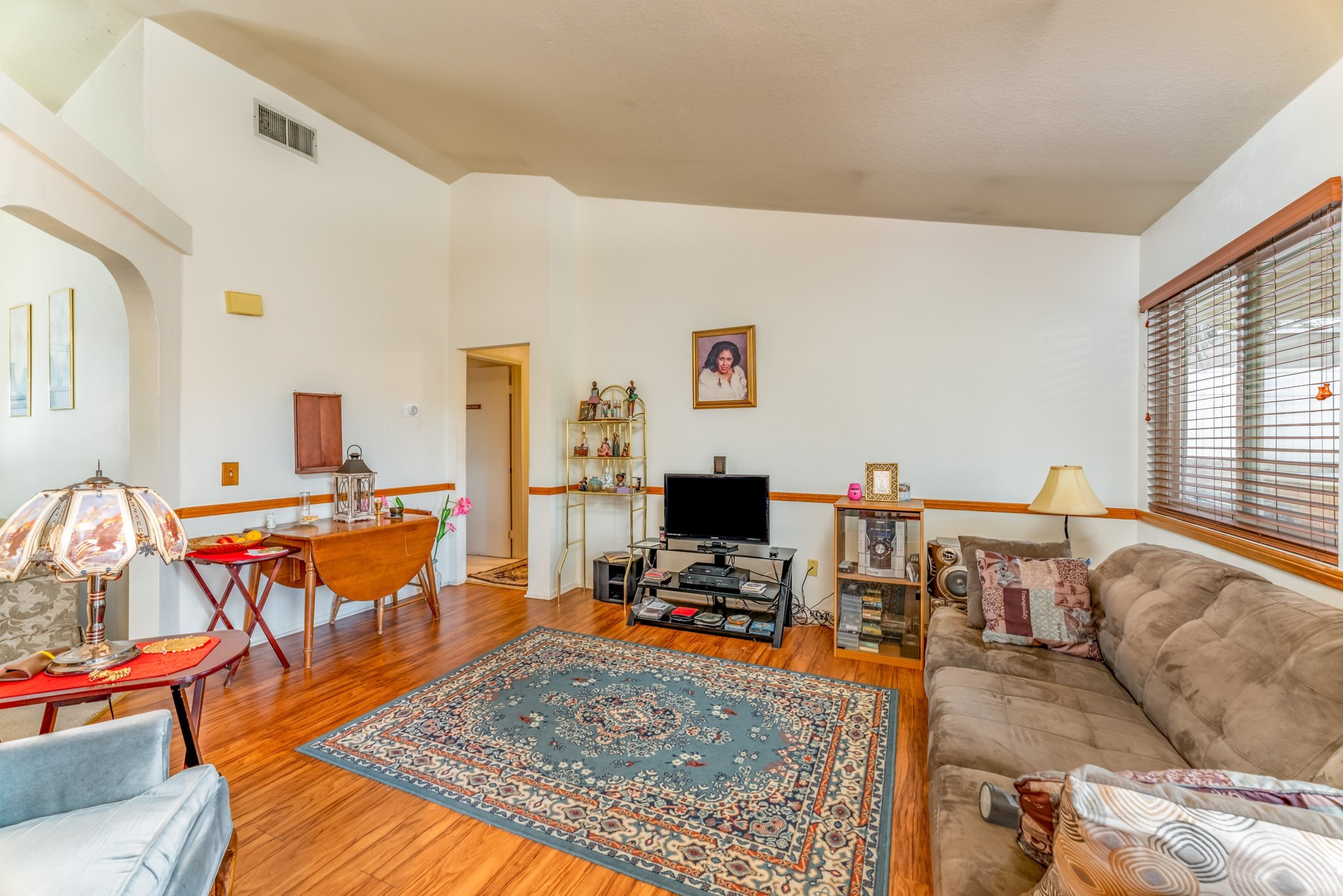 509 Hilltop Terrace Palmdale Real Estate Family Room