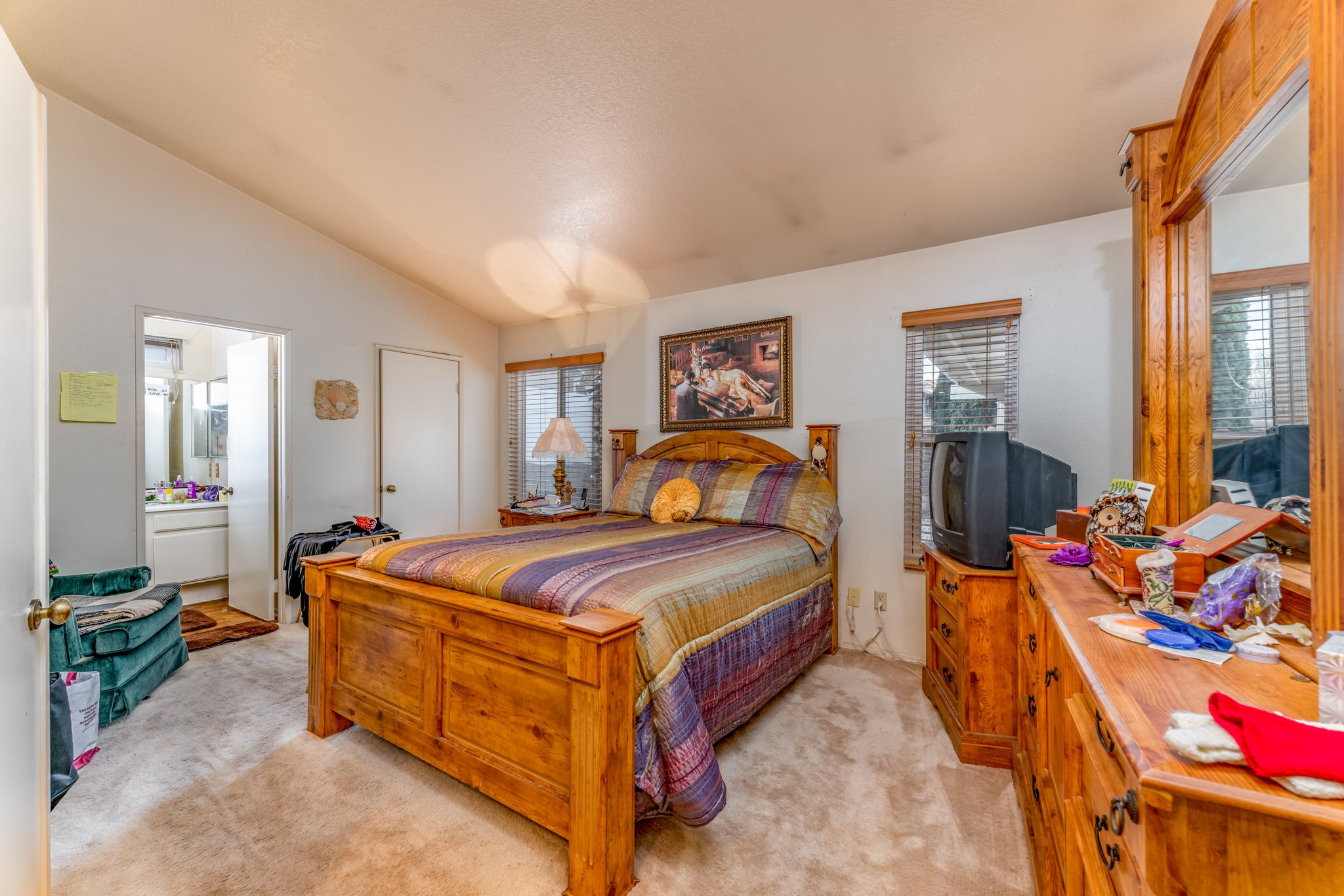 509 Hilltop Terrace Palmdale Real Estate Master Bedroom