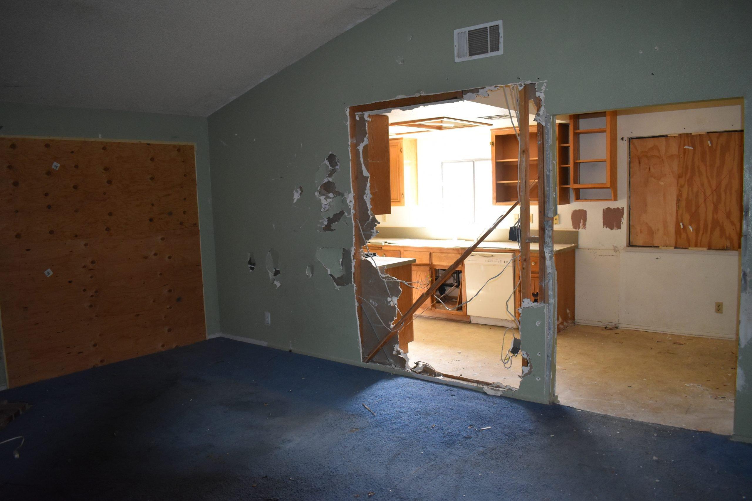 38038 Raintree Lance Damaged Kitchen Wall