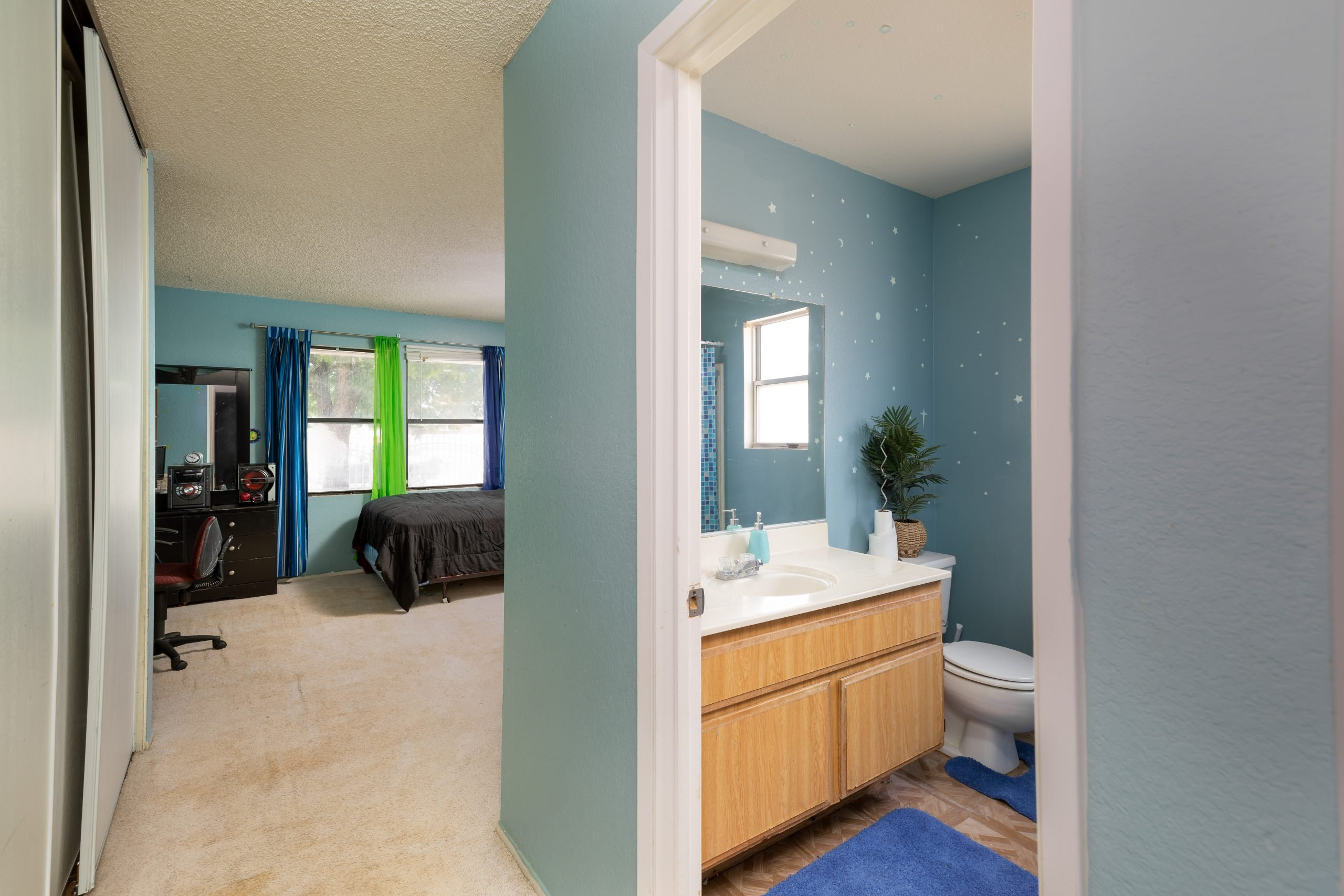 11 bedroom 1 37518 29th Street East Palmdale CA