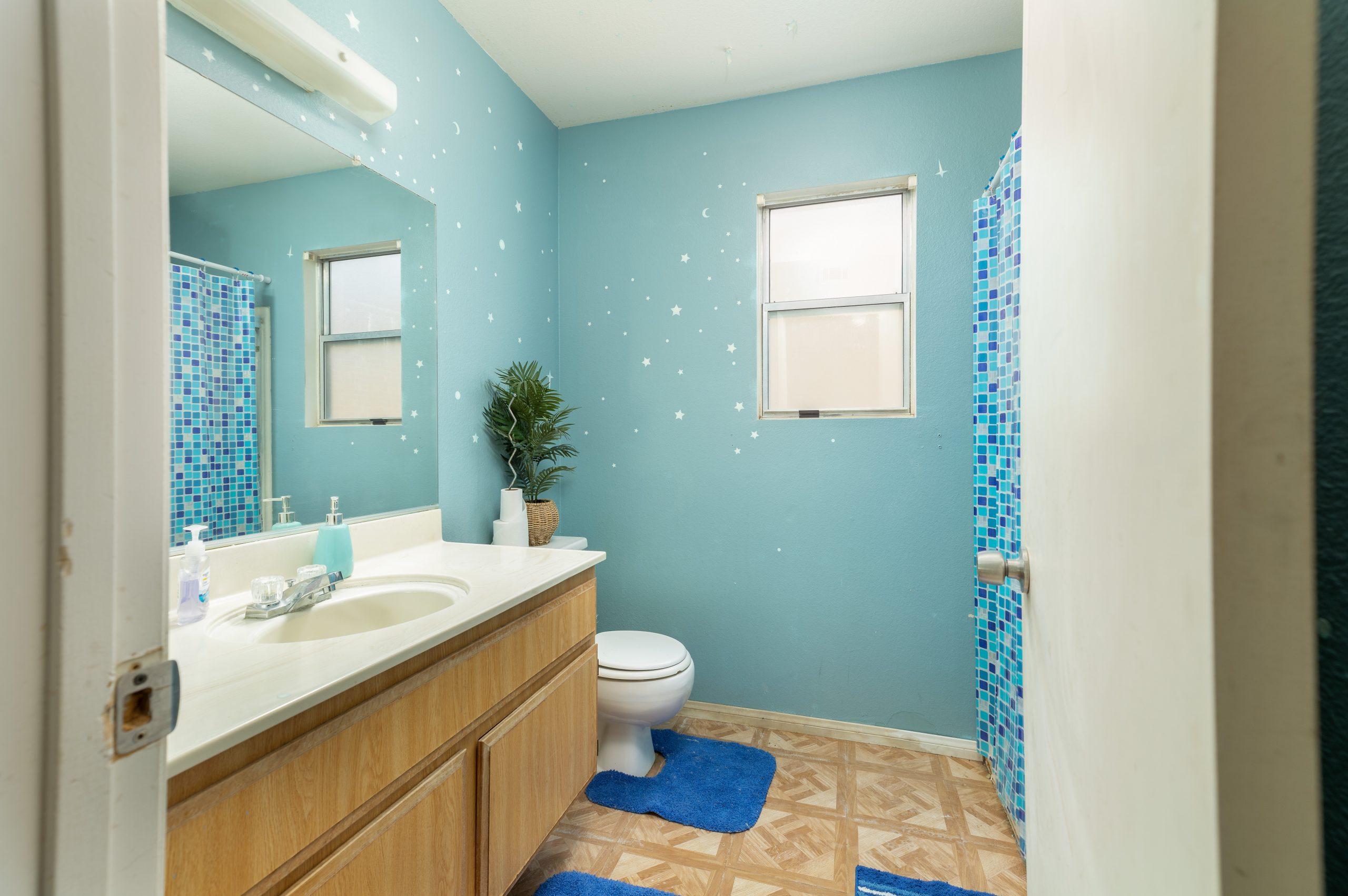 12 bathroom 1 37518 29th Street East Palmdale CA