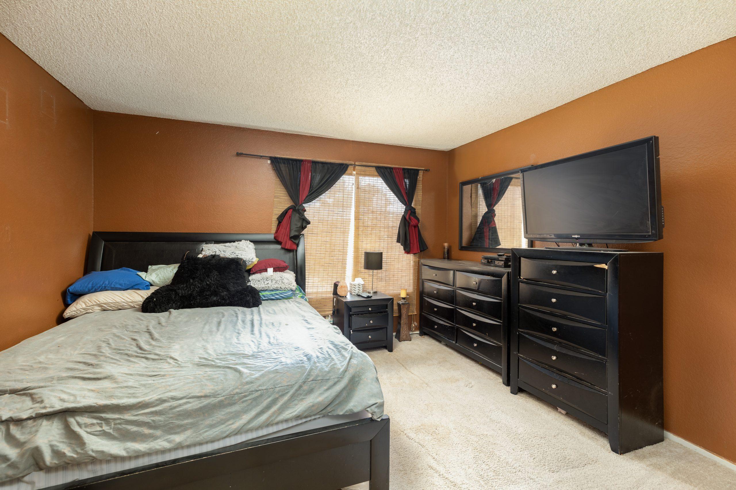 13 Bedroom 2 37518 29th Street East Palmdale CA