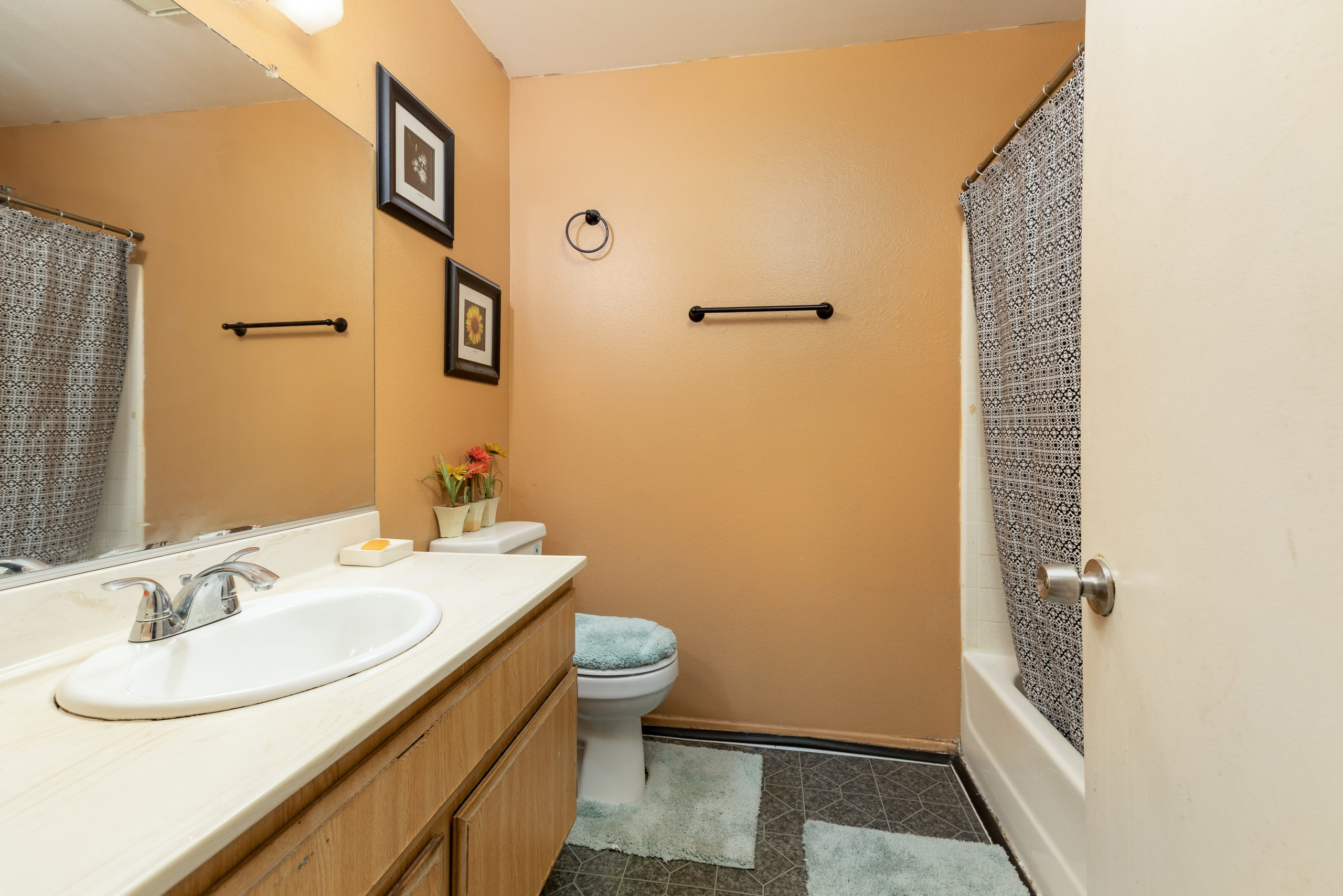15 bathroom 2 37518 29th Street East Palmdale CA