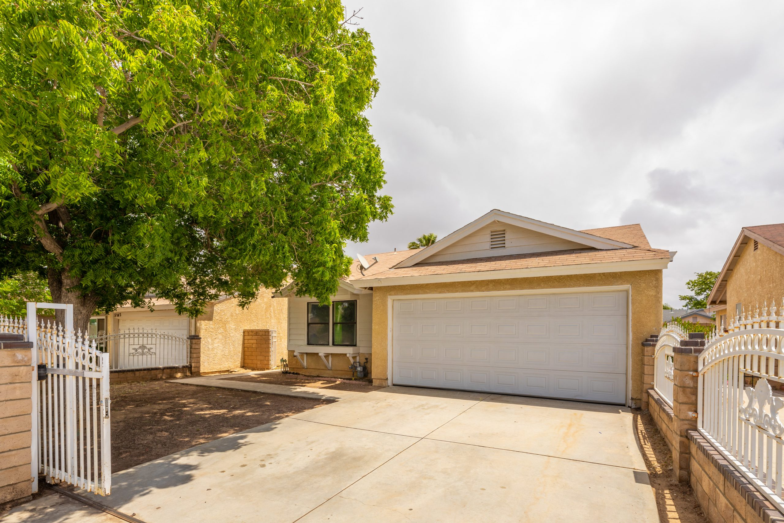 1b Front 37518 29th Street East Palmdale CA