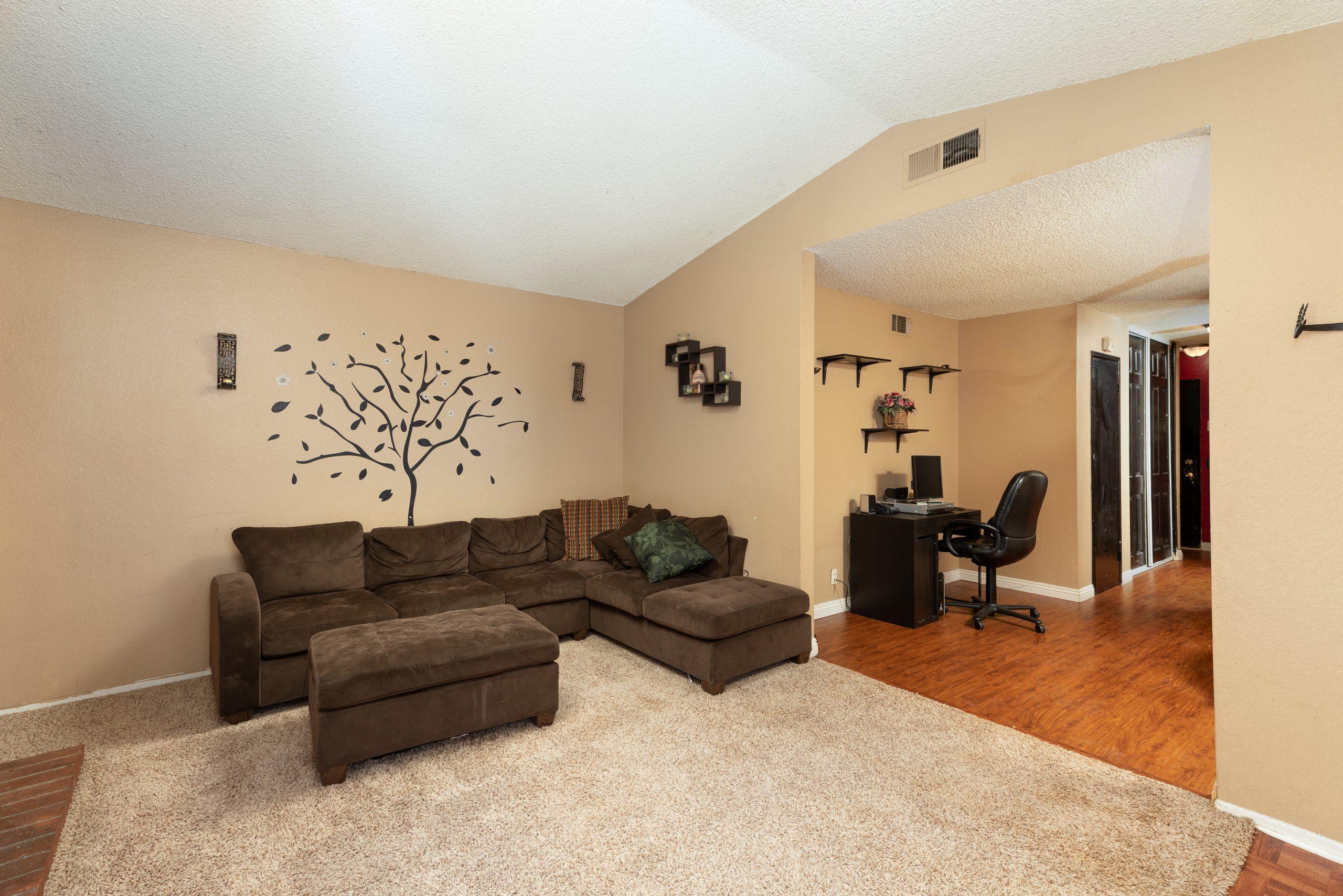 4 Desk 37518 29th Street East Palmdale CA