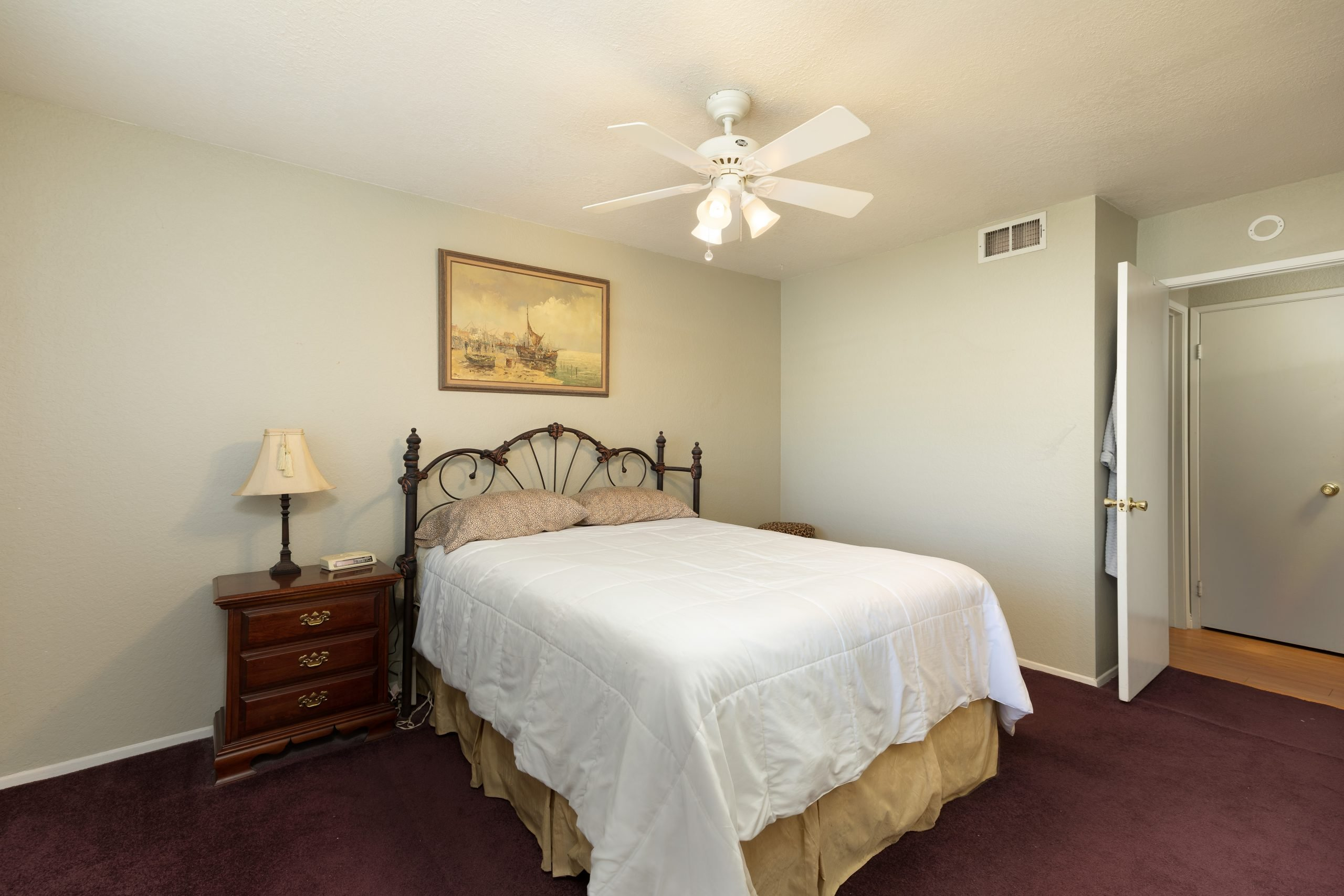 Palmdale CA Real Estate 37128 Marye Margo Circle Palmdale Bedroom One Right
