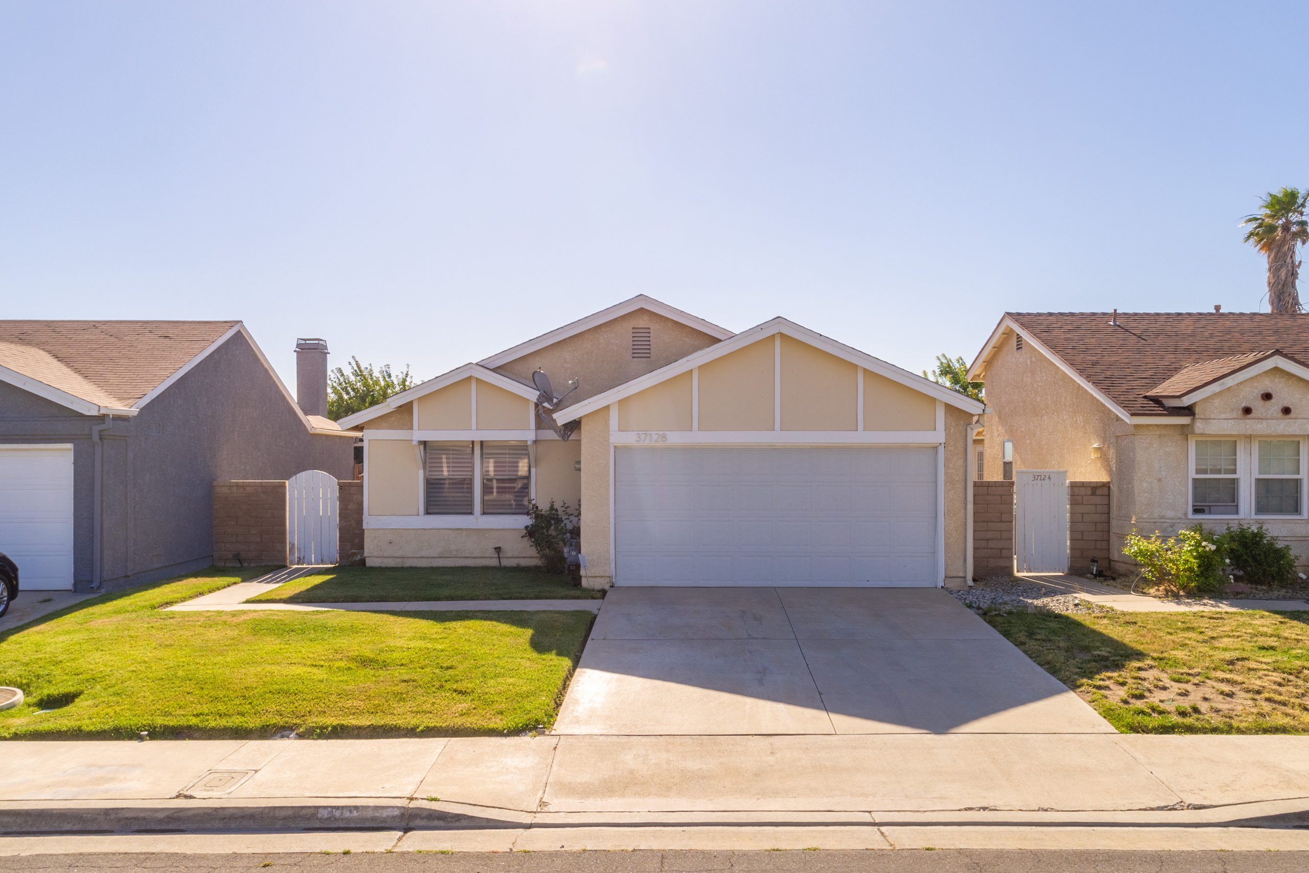 Palmdale CA Real Estate 37128 Marye Margo Circle Palmdale Low Front