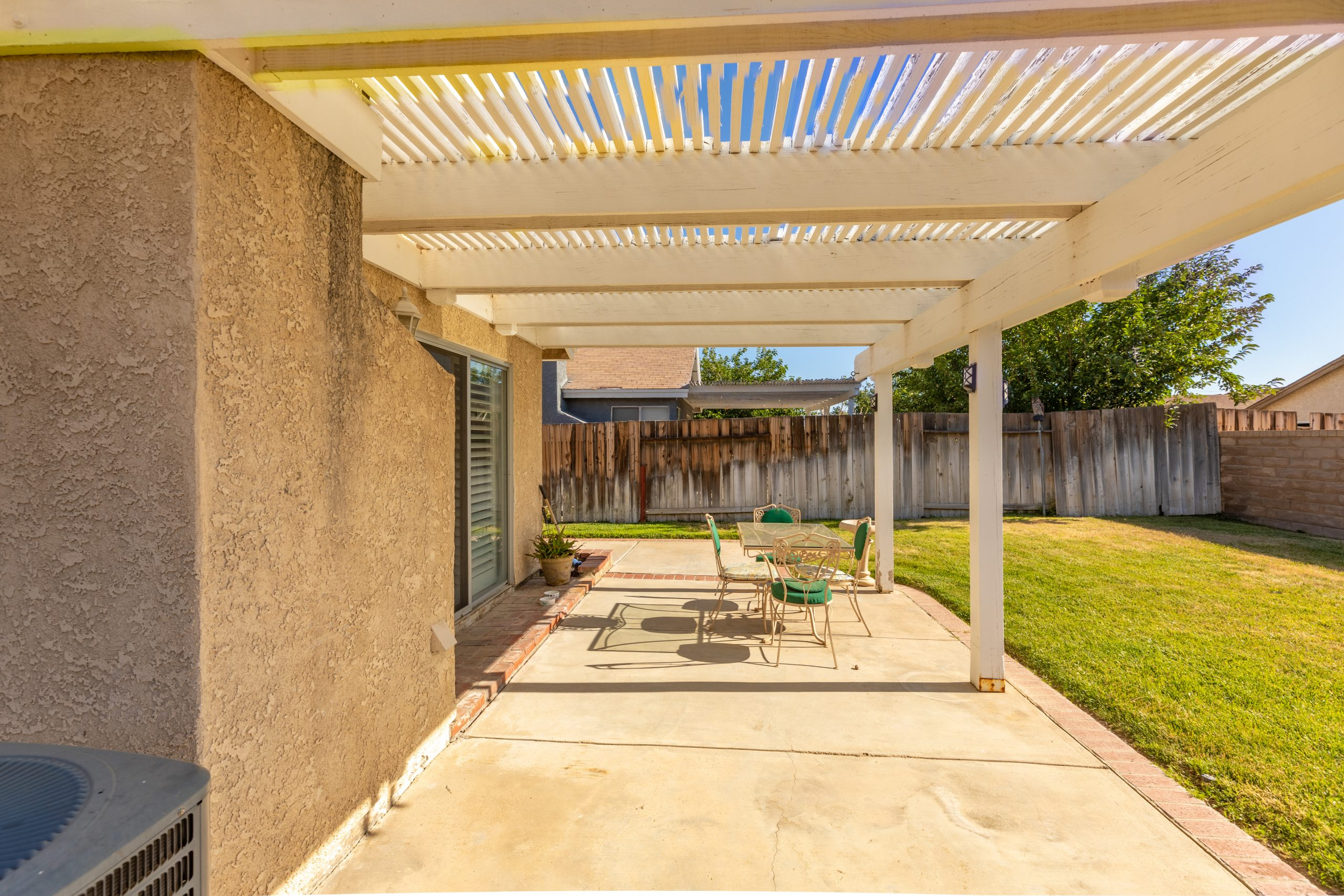 Palmdale CA Real Estate 37128 Marye Margo Circle Palmdale Patio Cover Right