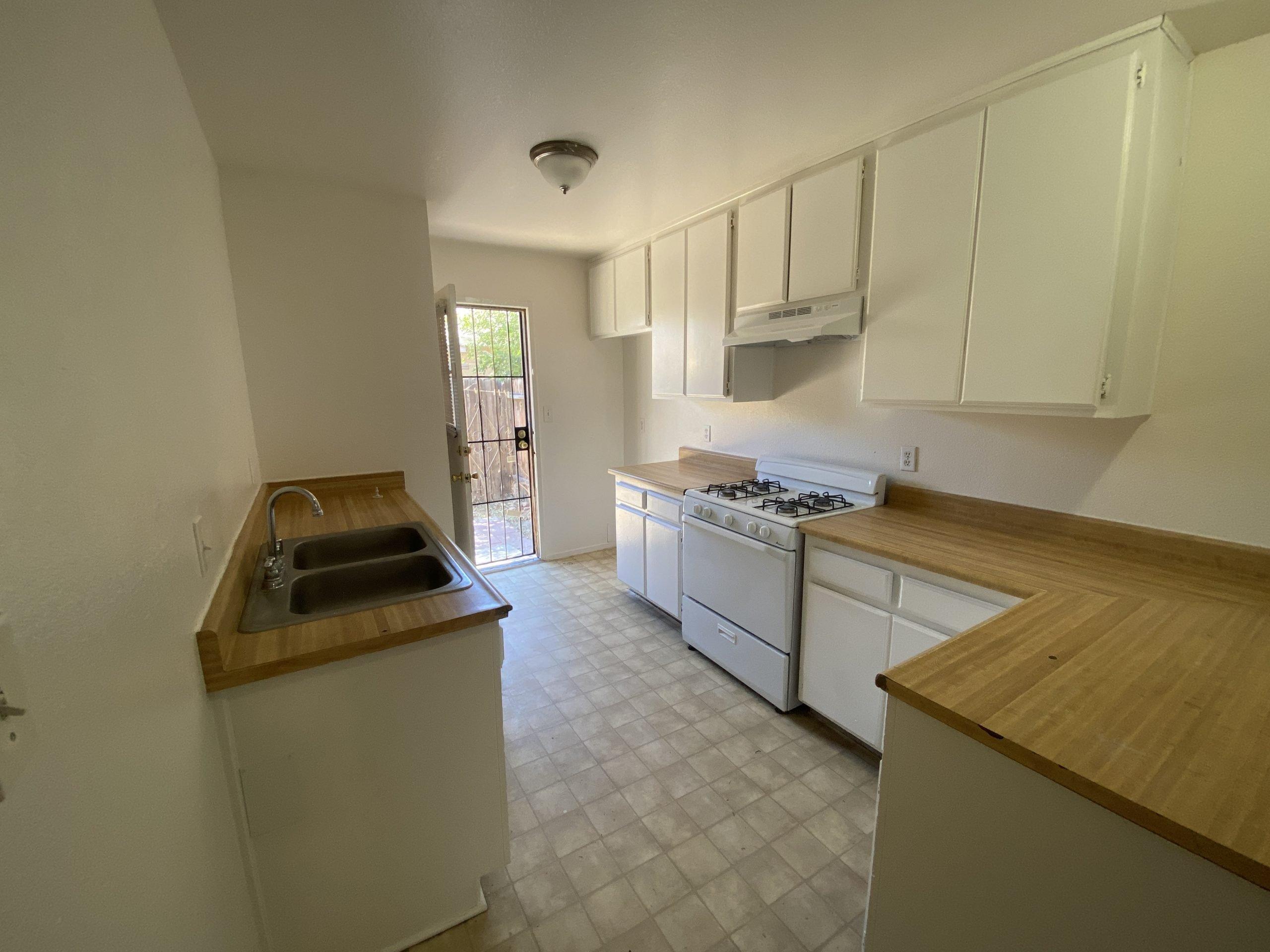 2911 Diamond Street in Rosamond 8 Kitchen