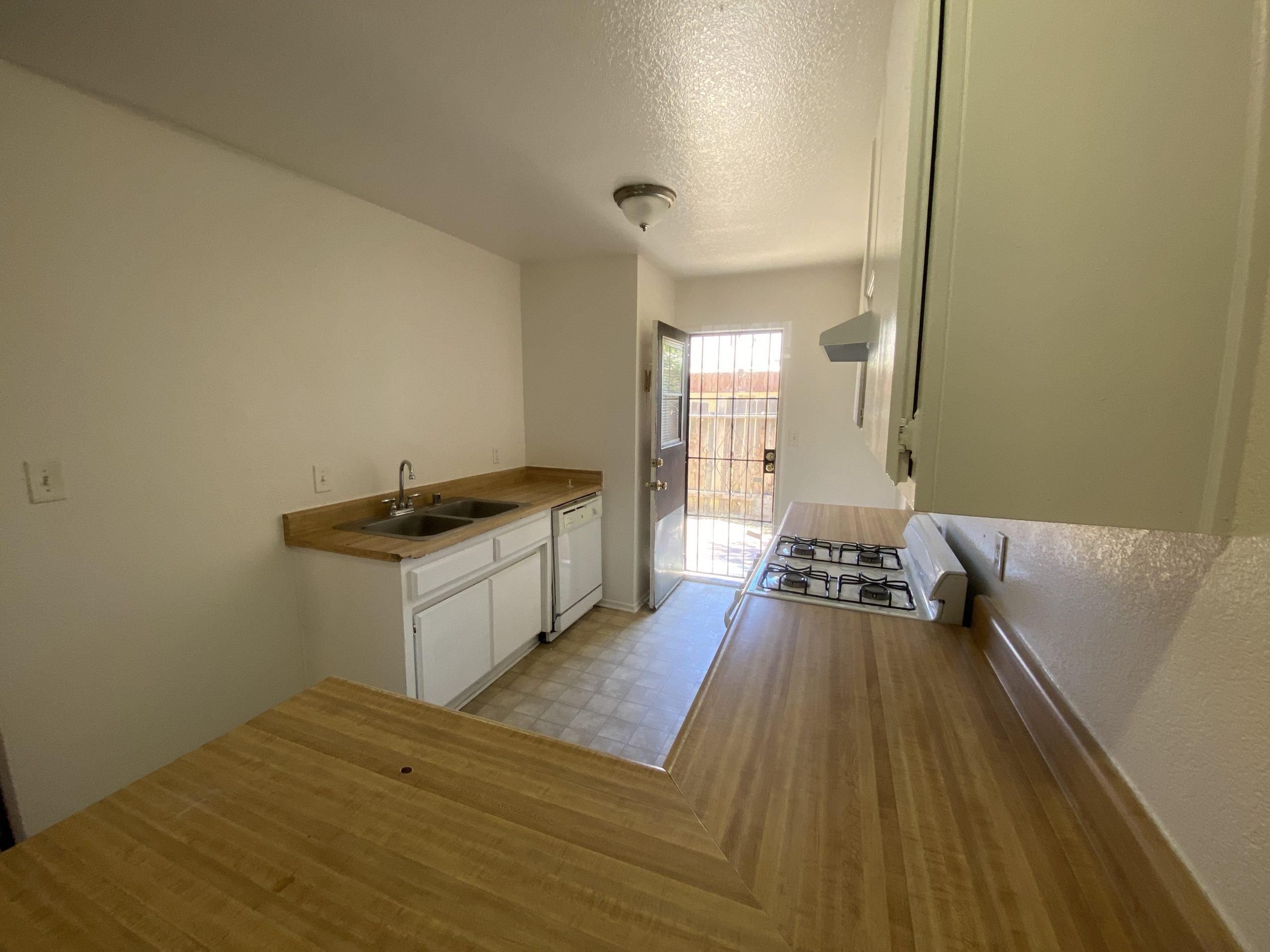 2911 Diamond Street in Rosamond 9 Kitchen